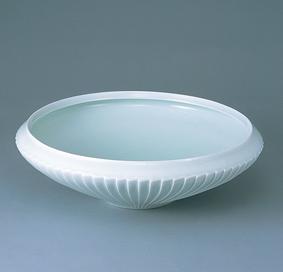 青白磁彫鎬鉢