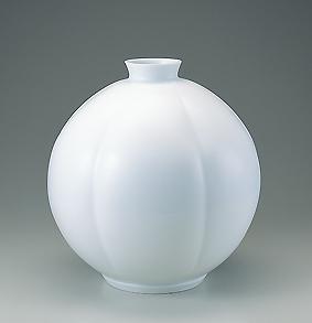 白瓷瓜形壺