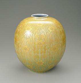 釉裏金彩壺