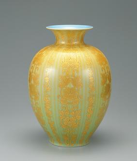 釉裏金彩更紗文花瓶