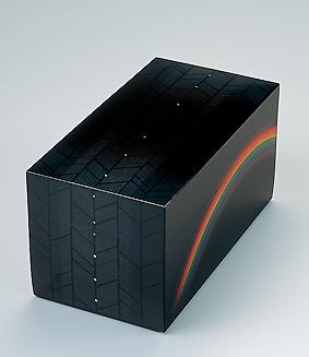 虹立つ蒟醤箱