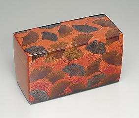 銀杏蒔絵飾箱