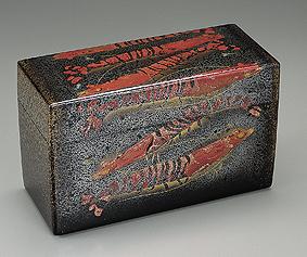海老蒔絵飾箱
