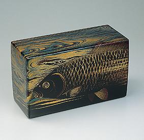 鯉蒔絵飾箱