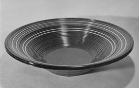 曲輪造り彩漆鉢
