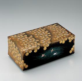 蒔絵螺鈿飾箱「宴」