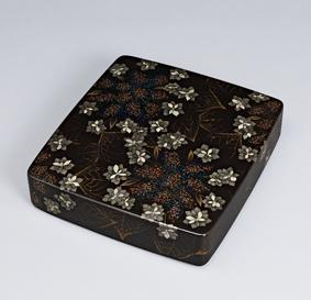 蒔絵硯箱「涼花」