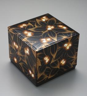 蒔絵螺鈿飾箱「実り」