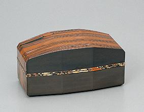 金銀銅杢目金「板目小箱」