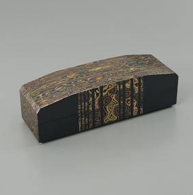 金銀銅杢目金飾箱「海」