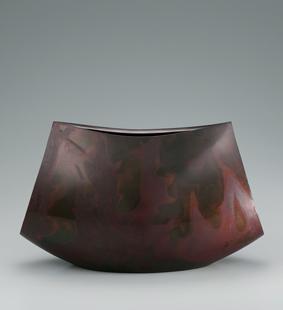 鋳紫銅花器「包」