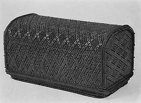 竹刺編菱繋文飾箱